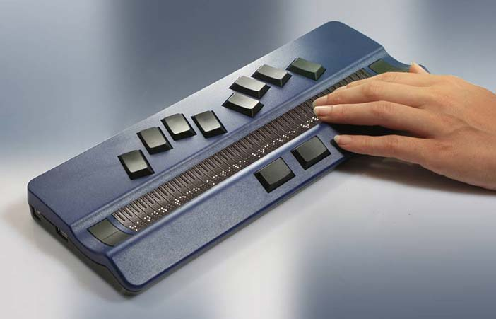 Braille display from www.handytech.de